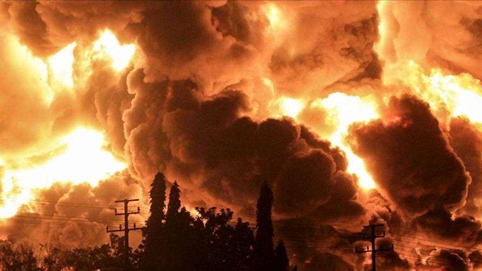 انفجار هولناک جایگاه سوخت در شهر ویس خوزستان + ویدئو