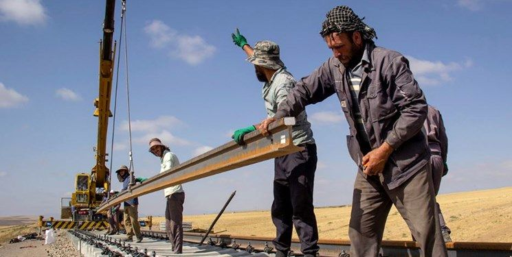 ساخت خطآهن هرات-مزارشریف توسط بخش خصوصی ایرانی/ ایران در افغانستان جاده میسازد