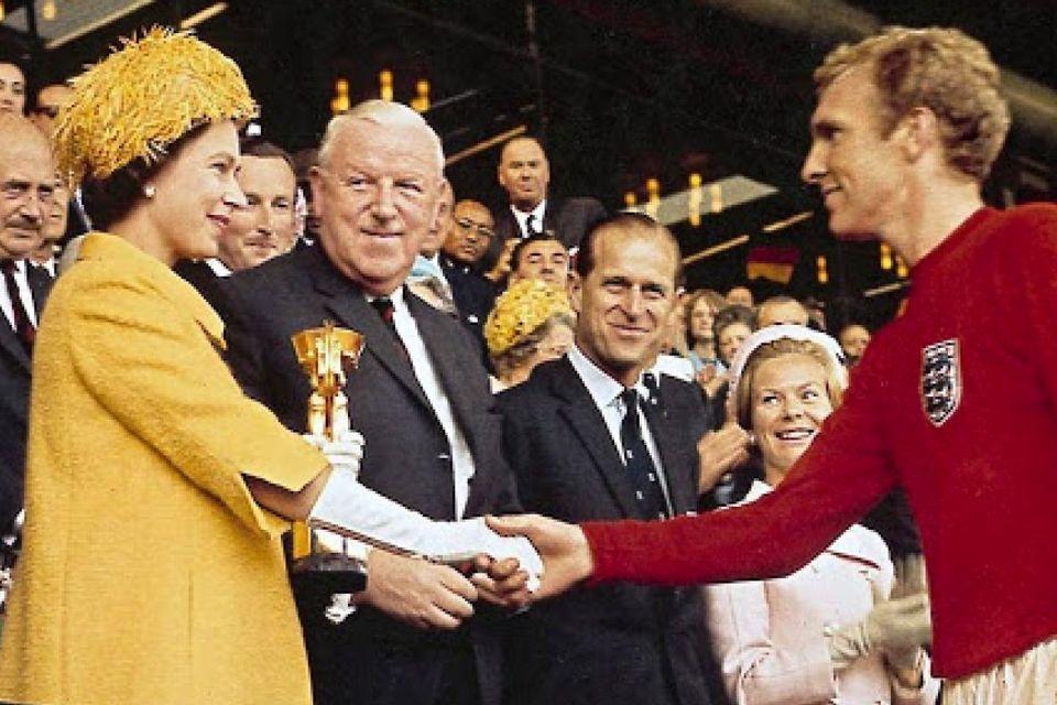 نامه روحیه بخش ملکه الیزابت به تیم ملی انگلیس