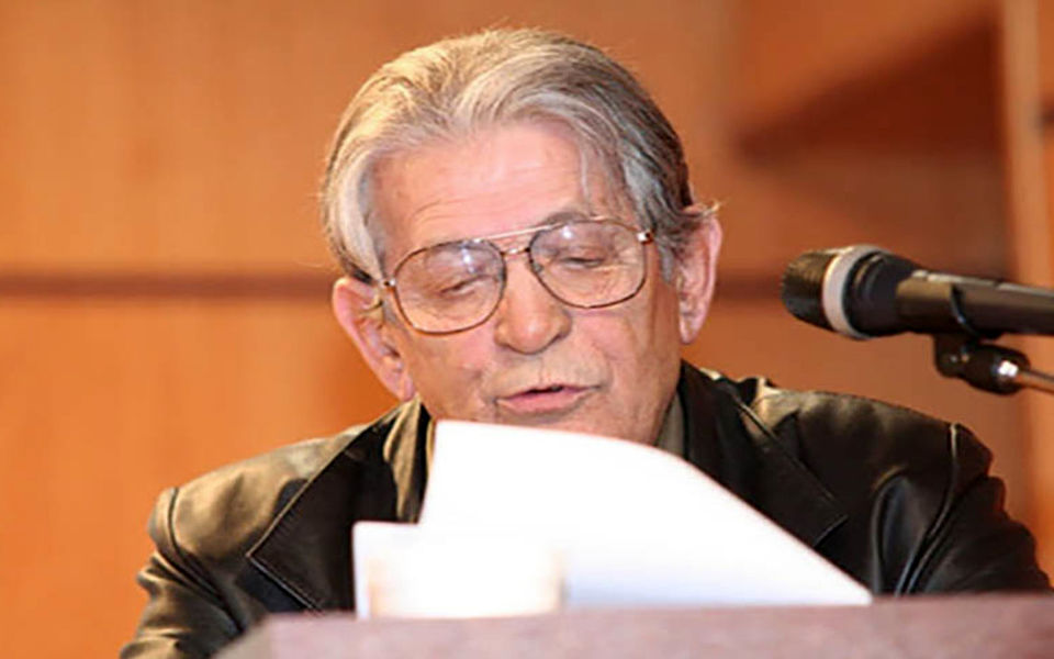 شاعر و طنزپرداز سرشناس درگذشت