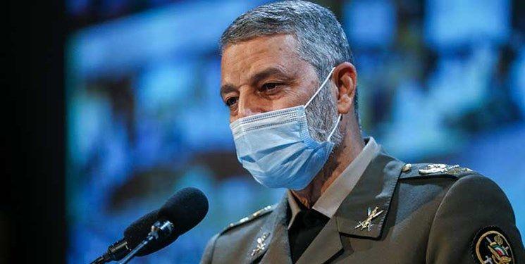سرلشکر موسوی: ترجمه کتاب «در کمین گل سرخ» مطالبه فرمانده معظم کل قوا بود